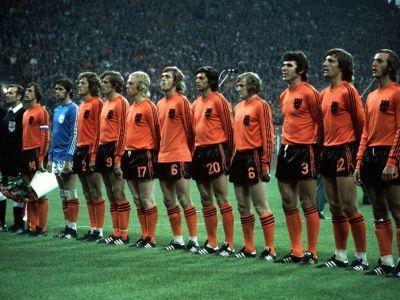 El e omul care a INVENTAT Tiki-Taka! Momentul in care fotbalul s-a schimbat definitiv! Cat a platit Barcelona pe Cruyff in 1973