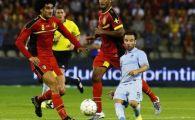 """Genial! Fotografia anului in fotbalul mondial: """"PITICUL"""" Valbuena, pe terenul GIGANTILOR! Poza care a strans MII de like-uri:"""
