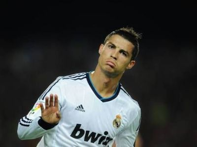"""Ronaldo si-a pus OBRAZUL in fata lui Perez pentru un coleg de echipa! Cum il face PRAF pe Mourinho: """"Imi pare rau, nu merita"""""""