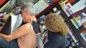 Tatuaj la 50 de ani! Un fotbalist GENIAL al Stelei se ia dupa Cartu si Mourinho! Ce si-a desenat pe mana: