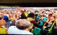 DOVADA ca Bolt nu suporta Barcelona :) Ce a patit un fan care avea tricou cu Messi cand a incercat sa faca poza cu campionul mondial: VIDEO