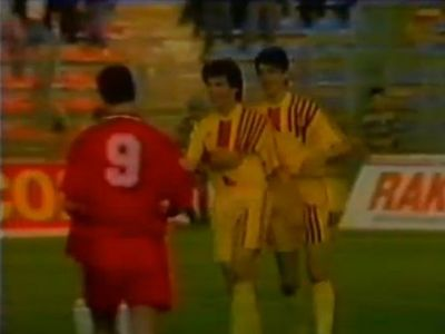 Swansea 5-1 Petrolul, RAZBUNAREA dupa un meci ISTORIC! Balint, Hagi si Lacatus i-au facut sa planga pe galezi acum 20 de ani: VIDEO