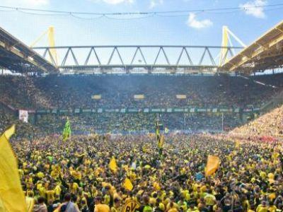 S-au inspirat din Romania? :) Fanii celor de la Borussia Dortmund au demarat o campanie nebuna pe net: #FreeShinji! Ce vor suporterii vice-campioanei Europei: