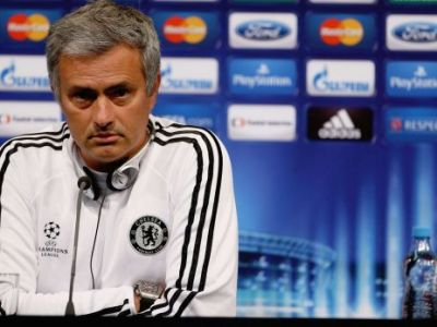 Fanii le cer jucatorilor lui Reghe sa-i inchida gura lui Mourinho! Aroganta INCREDIBILA la adresa Stelei dupa ce a preluat-o pe Chelsea! Declaratia pe care sigur o regreta: