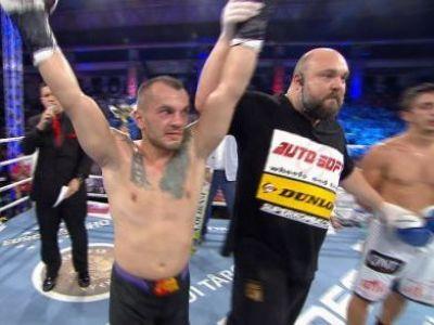 VIDEO KO FANTASTIC pentru Ristea! PITBULL Atodiresei face meciul serii! KO-uri DEMENTIALE pentru Andrei si Bogdan Stoica!