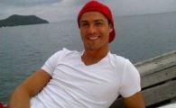 FABULOS! Poza de 750.000 de likeuri a lui Cristiano Ronaldo! Starul Realului s-a INDOPAT cu mititei si a facut pe grataragiul :))
