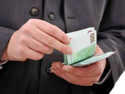 Ce se intampla acum daca depui la o banca din Romania 5.000 de euro pe trei luni