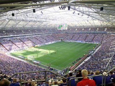 Se umple stadionul! Nemtii au luat cu asalt casele pentru meciul cu Steaua! Cati suporteri asteapta Schalke: