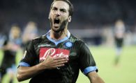 Avertisment! Risti enorm sa ti se faca pielea de gaina :) Momentul incredibil in care fanii lui Napoli au reactionat la golul lui Higuain: VIDEO
