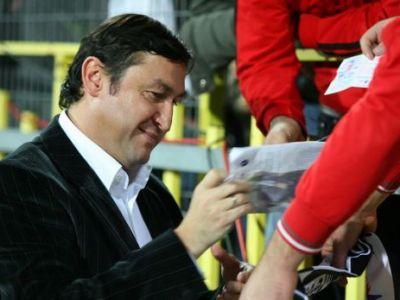 Rapid are de azi un nou antrenor: Viorel Moldovan e omul care le promite fanilor revenirea in Liga I!