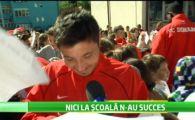 """Dinamovistii si-au facut reclama intr-o scoala din Sectorul 3! Primul autograf pe care l-a luat vreodata Tucudean: """"Aveam 8 sau 9 ani"""""""