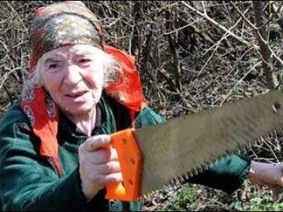 O batrana de 75 de ani A LASAT FARA internet trei tari! Ce greseala uriasa a facut femeia: