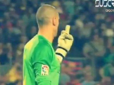 Moment INCREDIBIL pe Nou Camp! Valdes i-a aratat degetul din mijloc unui coleg in timpul meciului! Vezi ce i-a spus Pique de l-a enervat