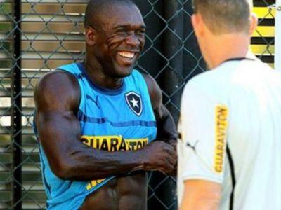 Are 37 de ani insa joaca EXCELENT! Clarence Seedorf a inscris o BIJUTERIE de gol pentru Botafogo: VIDEO