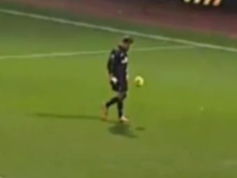 El e cel mai tehnic portar! S-a apucat sa faca jonglerii in timpul meciului cu West Ham! Cum i-a cucerit Szczesny pe fanii lui Arsenal: VIDEO