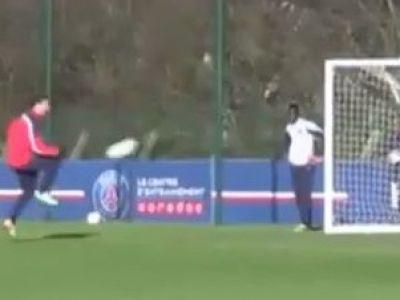 Golul inventat de ZLATAN la antrenamentul lui PSG. E singurul om care se putea gandi sa faca asta. VIDEO