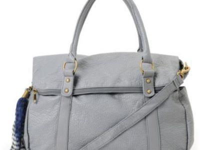 Angajatii aeroportului au ramas UIMITI cand au vazut ce avea in geanta! O concurenta de la Miss Olympia i-a socat cand a deschis poseta: FOTO