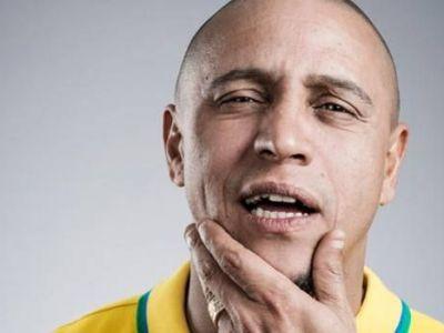"""""""Am 8 copii cu 7 sotii. Ba nu, 7. Stai, 6!"""" Marturiile lui Roberto Carlos: Cum i-a iesit GOLUL VIETII si de ce """"ucigasul"""" Romaniei e cel mai nebun om din fotbal"""
