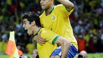 Roberto Carlos a invatat TOTUL de la 'fratele' Ronaldo! Nici nu mai stie cati copii are cu super modele din Brazilia si Ungaria