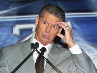 Asta-i stirea inceputului de an! Patronul WWE se gandeste sa cumpere o echipa din Premier League! Cum ar arata echipa cu un URIAS de 2.22m in poarta :))
