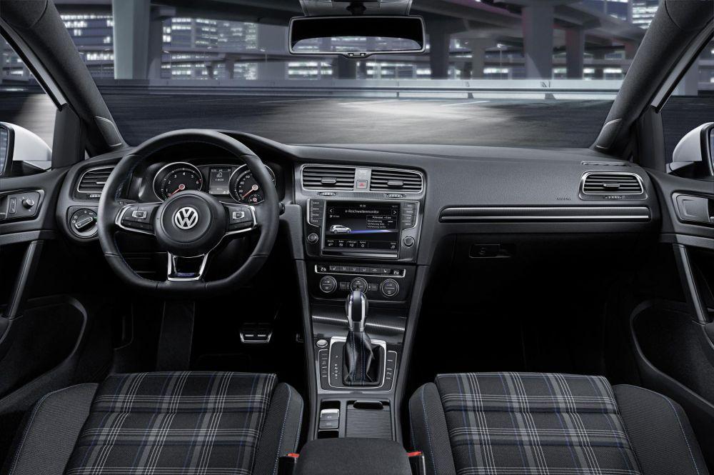 Asa interiorul GTE.
