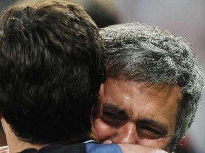 """Alo, aici e Mourinho! Hai la Chelsea!"" Mutarea care va impresiona fotbalul! Jose vrea un simbol mondial in echipa lui Abramovici:"