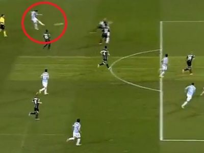 GOLAZO! GOLAZO! Radu Stefan a dat cel mai frumos gol din cariera! Sut formidabil de la 35m direct la vinclu VIDEO