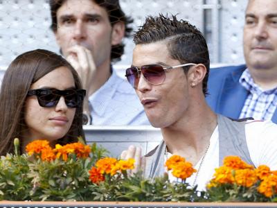 Imaginile care ii cresc tensiunea lui Cristiano Ronaldo! Irina a fost pozata goala COMPLET in bratele altui barbat! FOTO