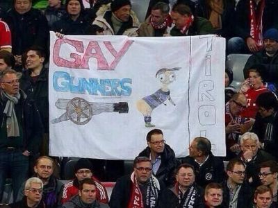 Allianz Arena, INCHIS! UEFA ancheteaza doua bannere de la meciul cu Arsenal! Mesajele care au provocat furie