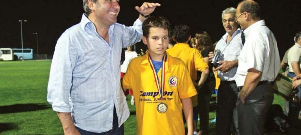 Nationala Romaniei intra in era JUNIOR. Topul celor mai buni copii de fotbalisti la nationala! Ii va depasi Ianis?