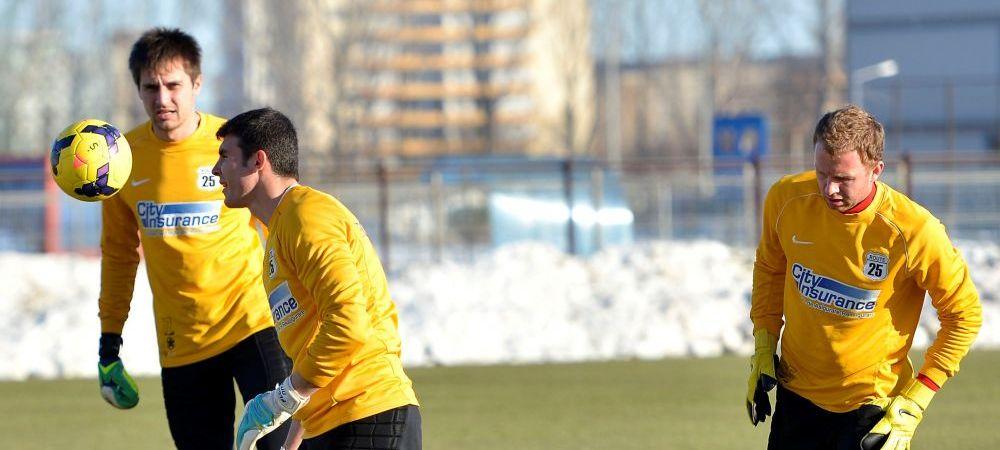 """De ce l-a mai luat Steaua pe """"SARACINOV""""? :)Cum a ajuns un jucator care nu exista sa ia intr-un an cat un marcator in 8 ani"""