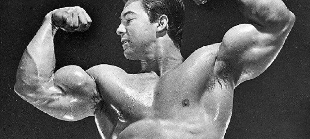 """Intai """"Pustiul de aur"""", apoi """"Legenda""""! Larry Scott, omul care l-a facut pe Arnold Schwarzenegger sa se apuce de culturism, a murit la 75 de ani"""