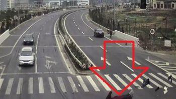 Guvernul Chinei a publicat o imagine socanta pentru a stopa accidentele din circulatie. 20.000 de oameni mor in fiecare an