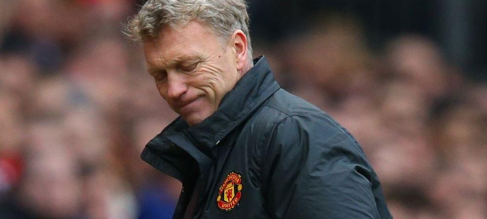 """Sloganul """"Vinde, pleaca, mori"""", adaptat de fanii lui United pentru Moyes! Moment sinistru aseara, in tribunele de pe Old Trafford:"""