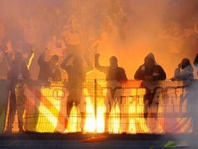 Tensiune MAXIMA inainte de Steaua - Dinamo! Ultrasii au umplut orasul cu afise! Ce mesaj le transmit rivalilor