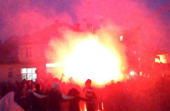 Atmosfera INCENDIARA la Cluj! Suporterii sunt gata de derby! Spectacol facut pe strazile orasului