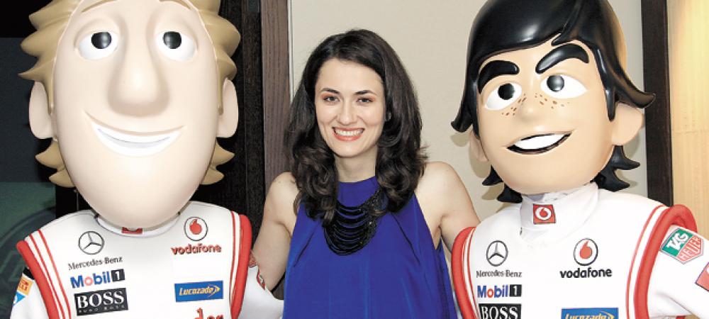 """McLaren este """"condusa"""" de o romanca: """"Am fost singura candidata de sex feminin!"""" Ce functie importanta ocupa:"""