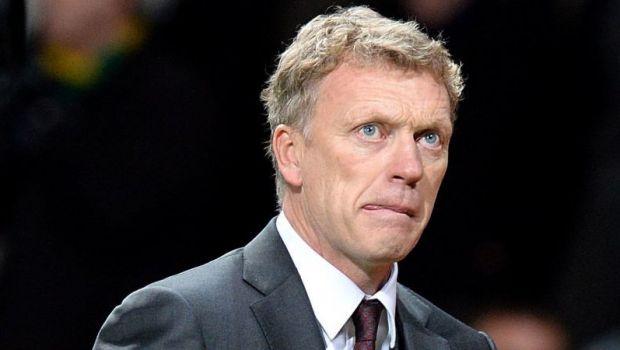 """Fanii lui United au ajuns la CAPATUL rabdarii! """"Chosen One = Wrong One!"""" Gest teribil impotriva lui Moyes! Ce vor sa ii faca:"""