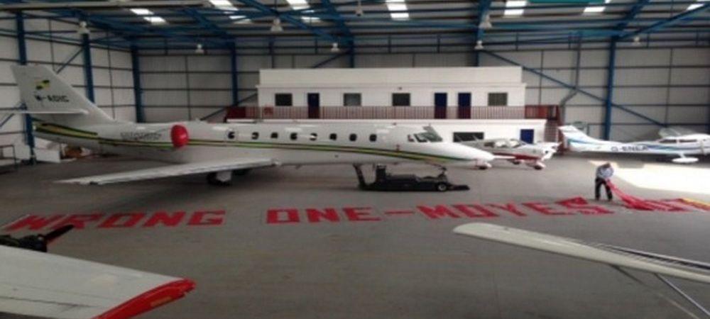 Avionul cu care fanii lui United vor face un protest anti-Moyes fara precedent! Ce se va intampla maine, la meciul cu Aston Villa