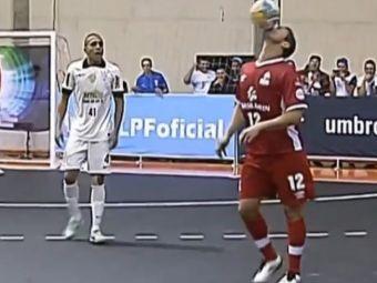 Asta nu-i fotbal, e ARTA! Falcao si-a umilit adversarii: a pupat mingea, s-a legat la sireturi si a inscris din foarfeca VIDEO