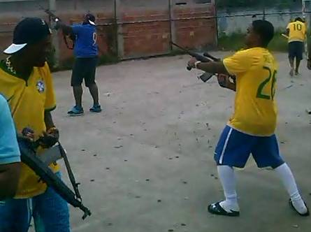 VIDEO SOCANT: Au scos mitralierele si au declansat nebunia dupa gol! Imagini senzationale la Rio