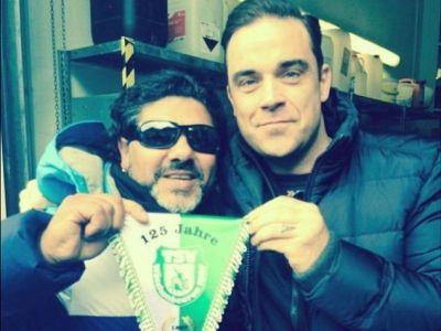 Faza de Las Fierbinti la un concert al lui Robbie Williams: ce s-a intamplat dupa ce a facut poza vietii cu Maradona :))
