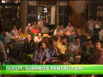 Supriza TOTALA pentru bucuresteni! Supervedeta Ruud Gullit a iesit la o bere in Centrul Vechi! VIDEO