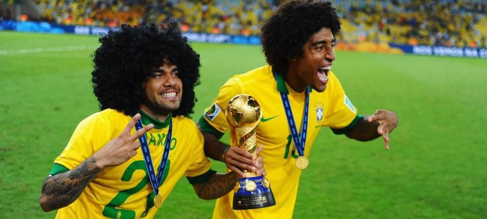 Dani Alves aduna pepeni, Dante si-a vandut playstation-ul ca sa joace fotbal! Povestile impresionante ale saracilor deveniti regi