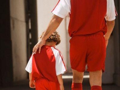 """O data in viata trebuie sa fii AICI! """"Tati, de ce tii cu ei?""""Raspunsul tatalui pentru fiul lui: te trec fiorii! VIDEO AMAZING"""