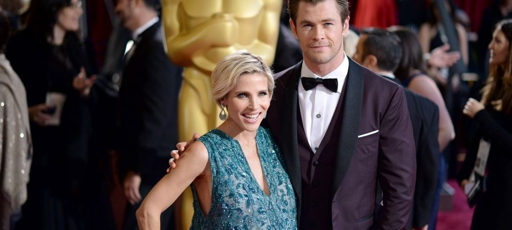 Cine e cu adevarat Thor in familie? :) Sotia actorului Chris Hemsworth arata incredibil la 3 luni dupa ce a nascut gemeni! FOTO