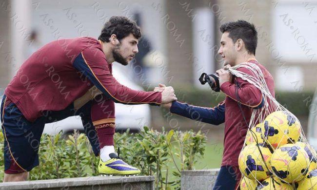 "OFICIAL | ""Noul Chivu"" a semnat pe patru ani cu AS Roma si va merge in turneul din America alaturi de Totti si Lobont"