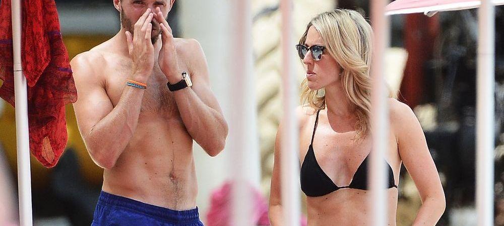 Carrick a facut senzatie pe plaja, in Barbados, alaturi de sotia sa