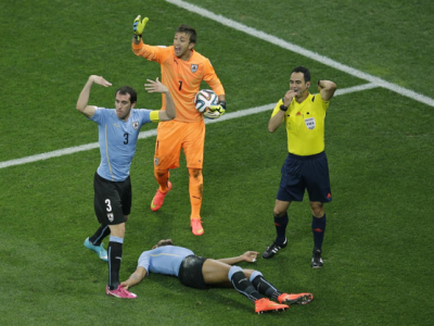Un fost jucator din Liga I a ramas inconstient la pamant, apoi s-a ridicat si a cerut sa joace! Marturie cutremuratoare la Mondial