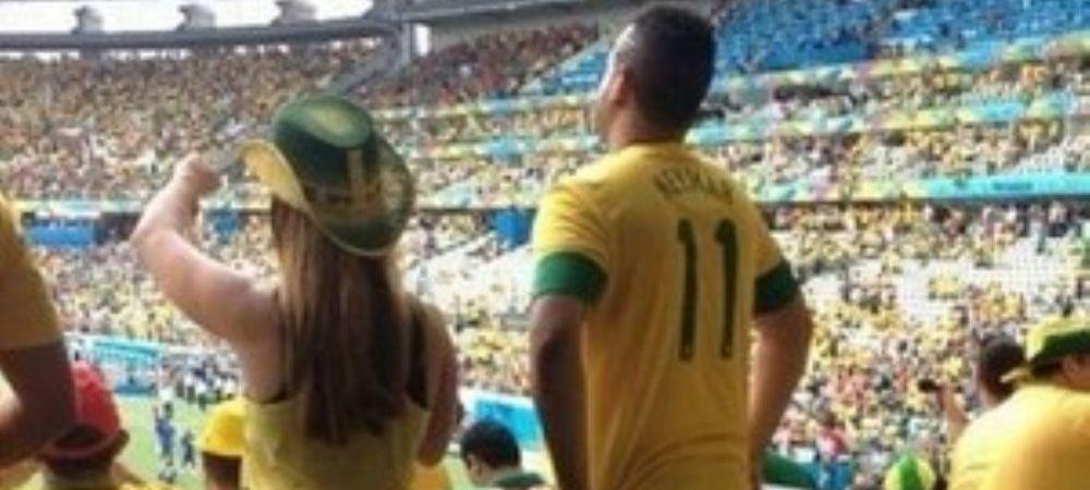 Cea mai scandaloasa imagine de la Mondial. Fanii au privit revoltati continuarea acestei fotografii din tribuna. FOTO